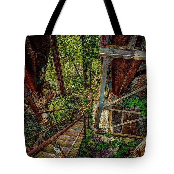 Rusty Climb Tote Bag