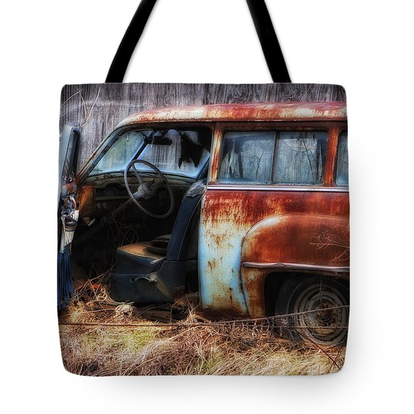 Rusty Station Wagon Tote Bag