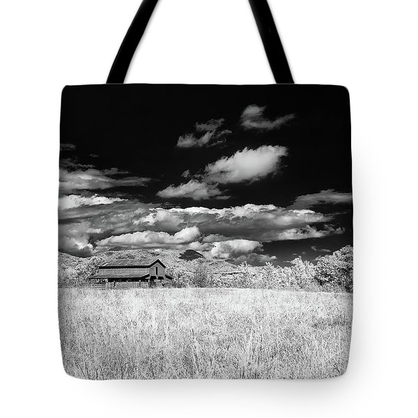 S C Upstate Barn Bw Tote Bag