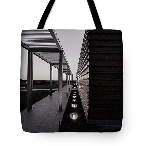 Tote Bag featuring the photograph Sag Harbor Sunset 1 In Black And White by Rob Hans