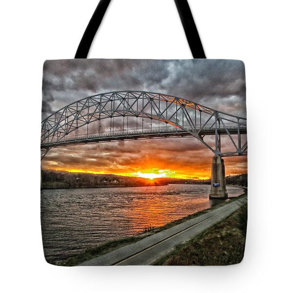 Tote Bag featuring the photograph Sagamore Bridge Sunset by Constantine Gregory
