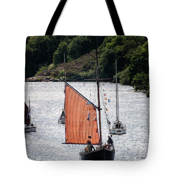 Sailing 46 Tote Bag