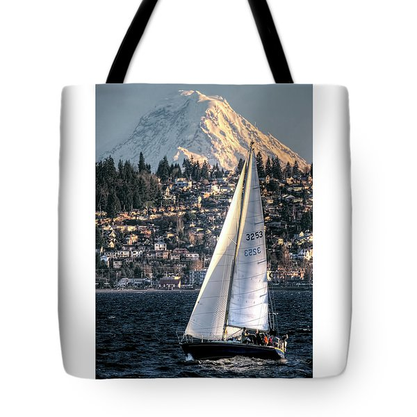 Sailing On Elliot Bay, Seattle, Wa Tote Bag