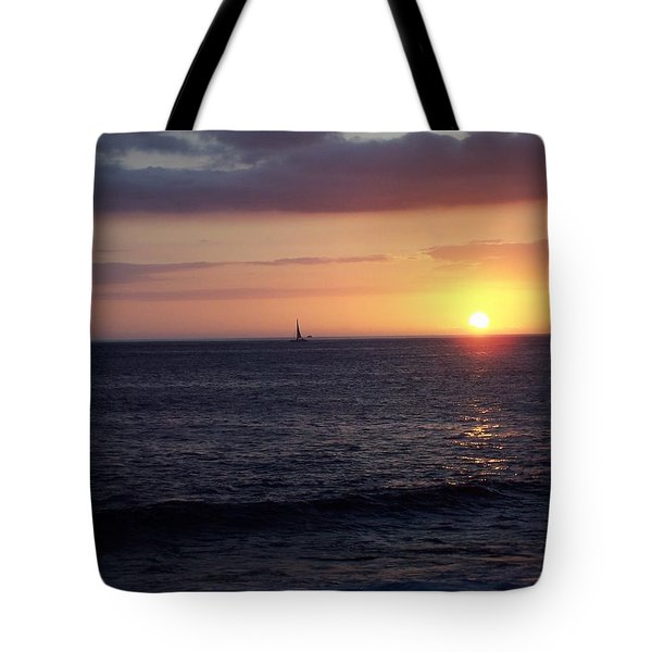 Sailing The Sunset Tote Bag
