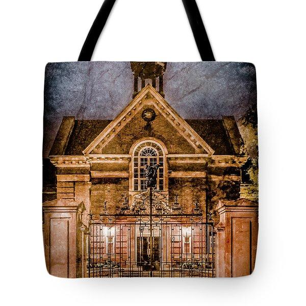 Oxford, England - Saint Hugh's Tote Bag