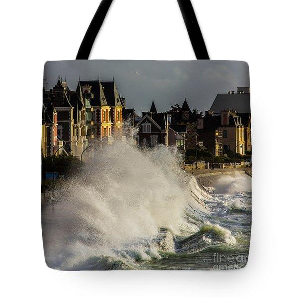 Saint-malo, Great Tide Tote Bag