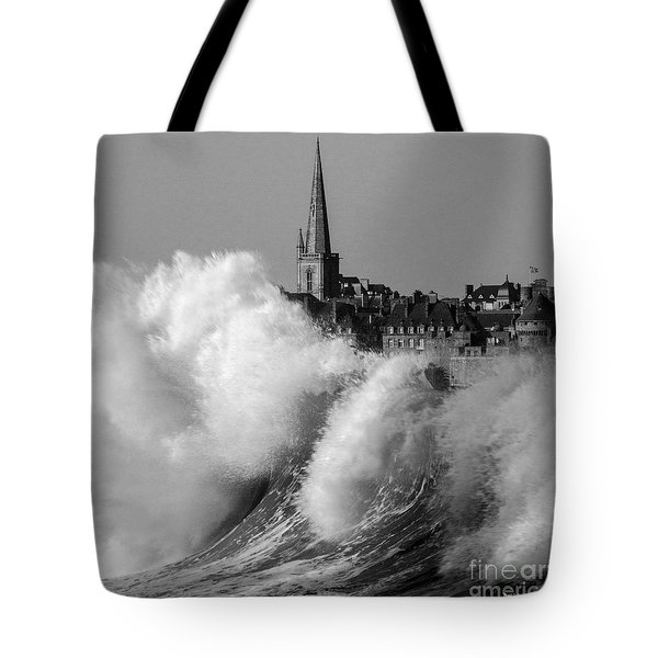 Saint-malo, The Wave Tote Bag