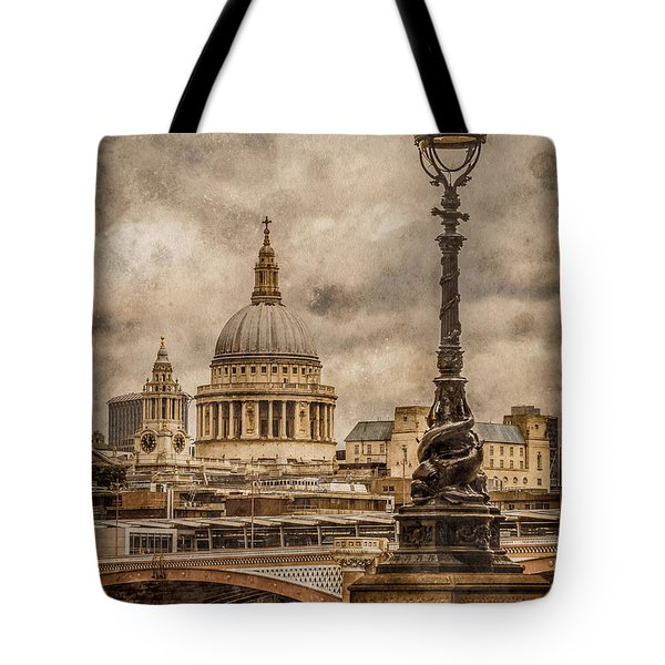 London, England - Saint Paul's Tote Bag
