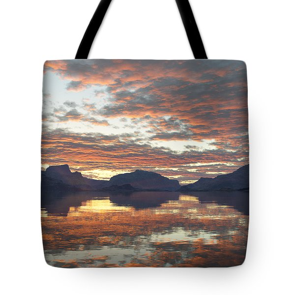 Tote Bag featuring the digital art Salmon Lake Sunset by Mark Greenberg
