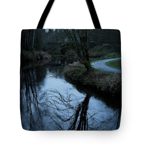 Sammamish River At Dusk Tote Bag