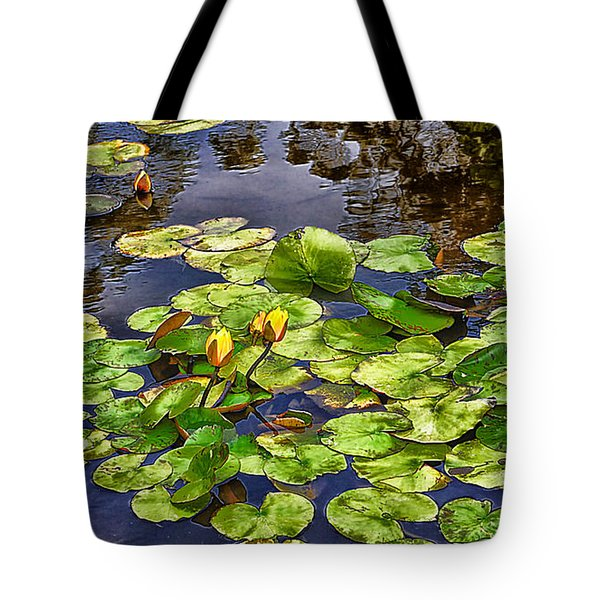 San Francisco Waterlilies Tote Bag