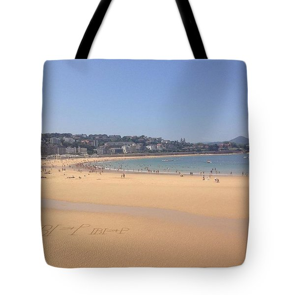 San Sebastián Beach Yesterday- 32'c Tote Bag