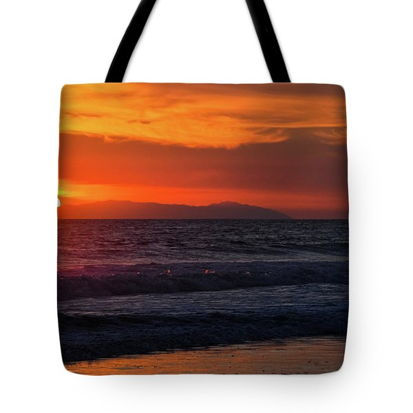 Tote Bag featuring the photograph Santa Catalina Island Sunset by Kyle Hanson
