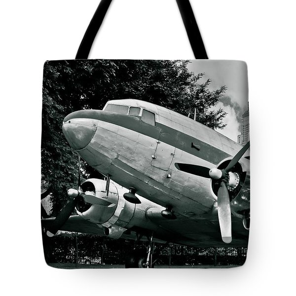 Classic Aircraft Douglas Dc-3 Tote Bag