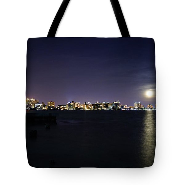 Sarasota Cityscape-night-full Moon 2 Tote Bag