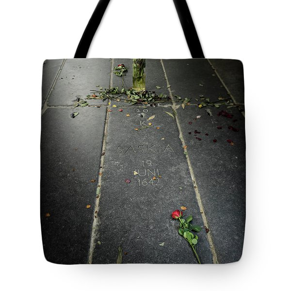 Tote Bag featuring the photograph Saskia Rembrandt's Tomb by RicardMN Photography