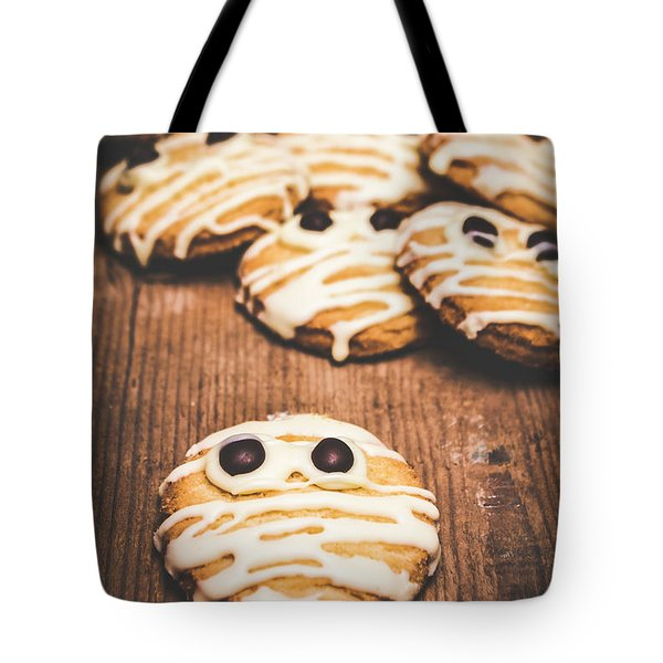 Scared Baking Mummy Biscuit Tote Bag