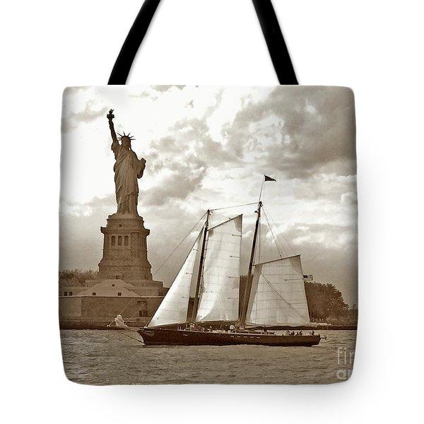 Schooner At Statue Of Liberty Twurl Tote Bag