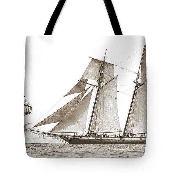 Schooner Lynx Full Sail Tote Bag