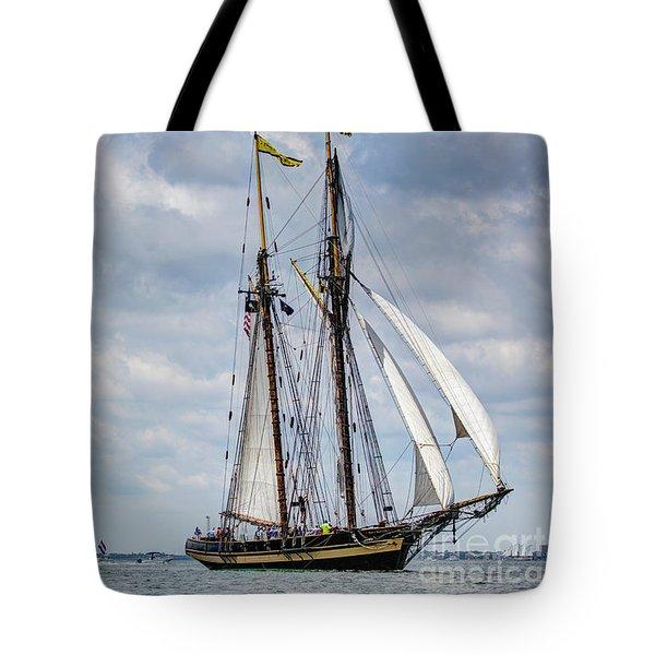 Schooner Pride Of Baltimore Tote Bag