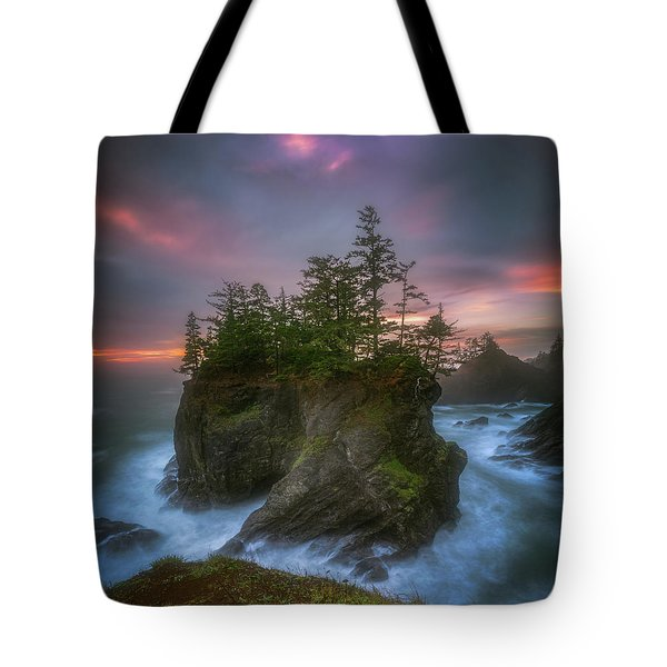 Tote Bag featuring the photograph Sea Stack With Trees Of Oregon Coast by William Lee