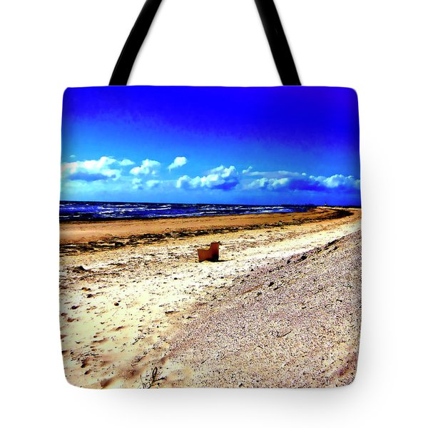 Tote Bag featuring the photograph Seat For One by Douglas Barnard