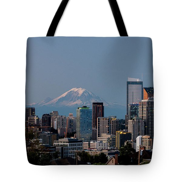 Seattle-mt. Rainier In The Morning Light .1 Tote Bag