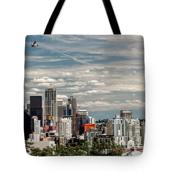 Seattle Space Needle With Mt. Rainier Tote Bag