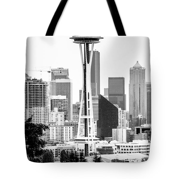 Seattle's Space Needle In Black And White Tote Bag