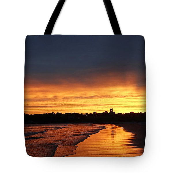 Second Beach Newport Ri Sunrays Tote Bag