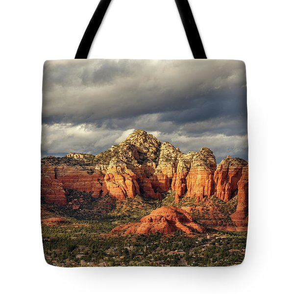 Tote Bag featuring the photograph Sedona Skyline by James Eddy