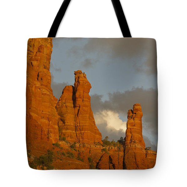 Sedona Sunset Tote Bag by Tom Kelly
