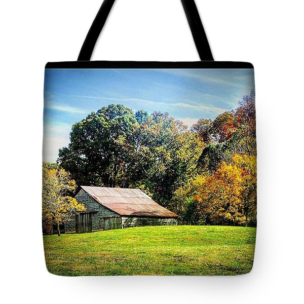 Seeing A Barn Makes My Heart Sing Tote Bag