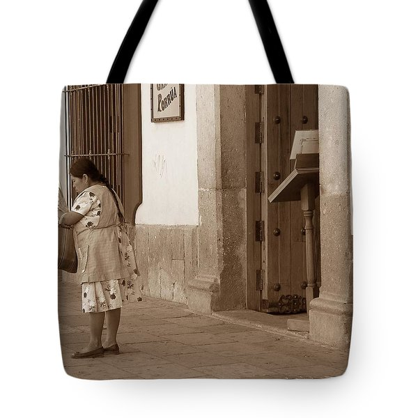 Tote Bag featuring the photograph Senora by Mary-Lee Sanders