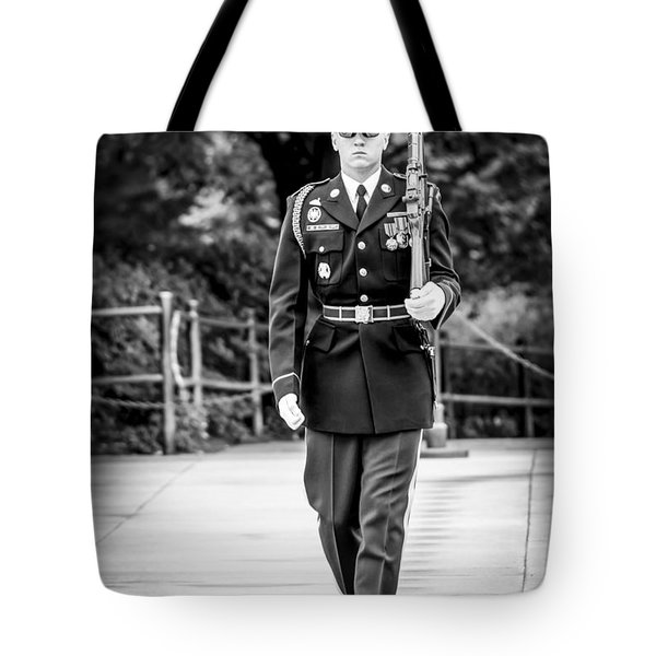 Tote Bag featuring the photograph Sentinel At The Tomb Of The Unknowns by David Morefield