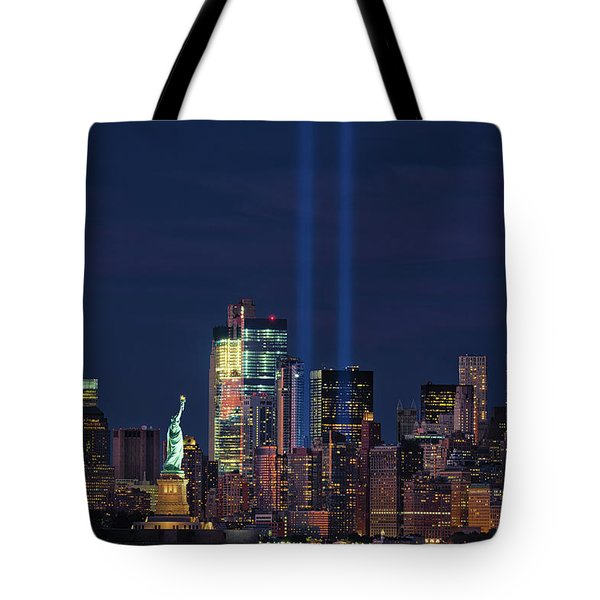 Tote Bag featuring the photograph September 11tribute In Light by Emmanuel Panagiotakis
