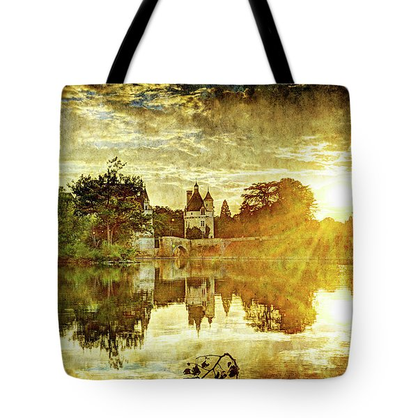 September Sunset In Chenonceau - Vintage Version Tote Bag