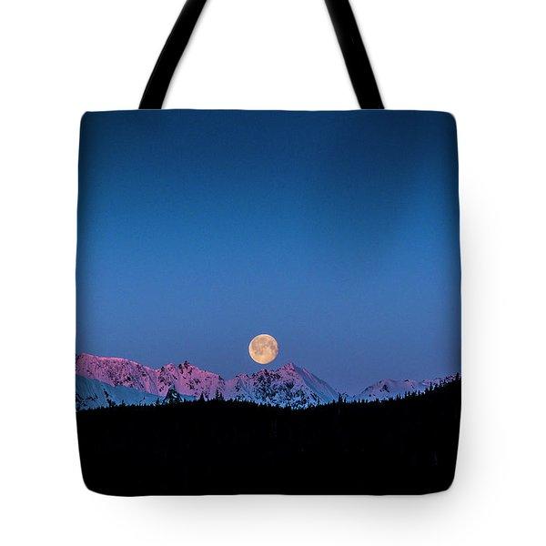 Setting Moon Over Alaskan Peaks Tote Bag