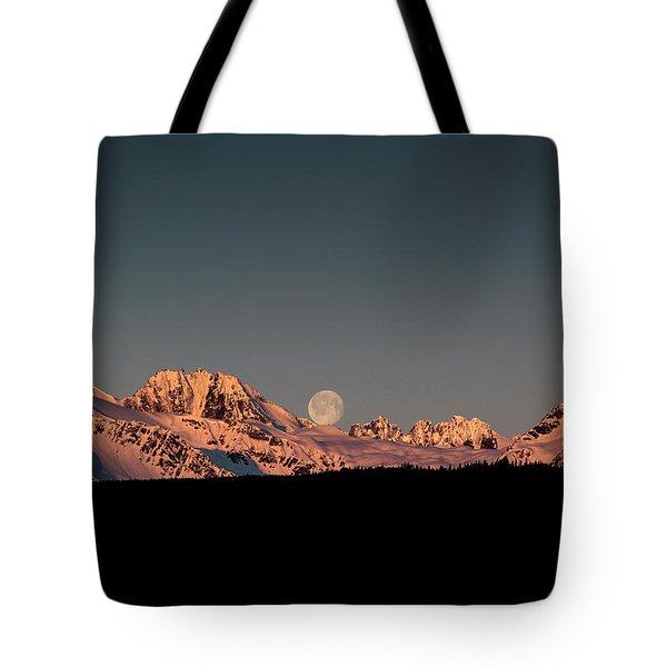 Setting Moon Over Alaskan Peaks V Tote Bag