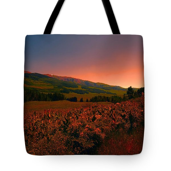 Setting Sun In Crested Butte Tote Bag