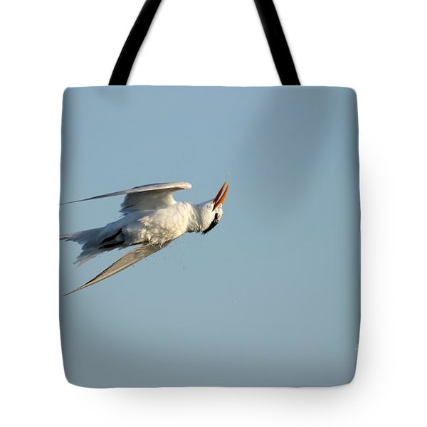 Tote Bag featuring the photograph Shake It Off  by Kathy Gibbons
