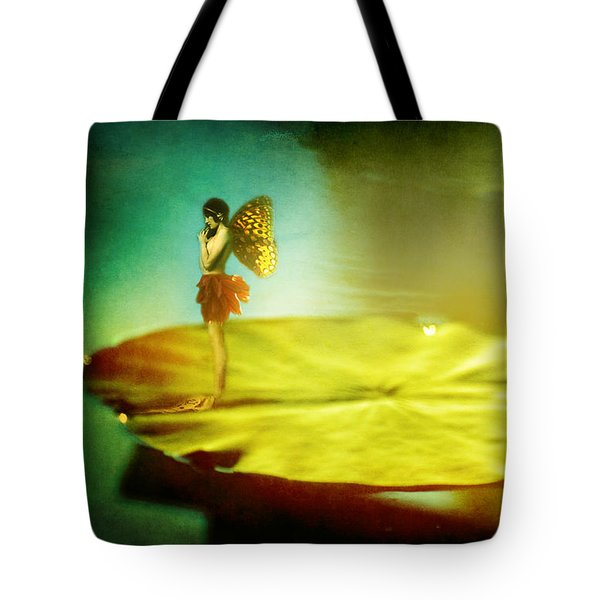 She Listens  Tote Bag