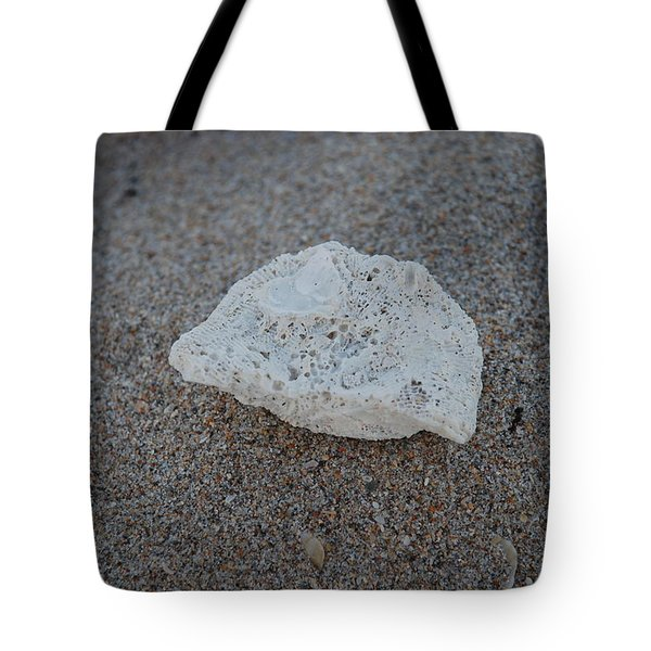 Shell And Sand Tote Bag by Rob Hans