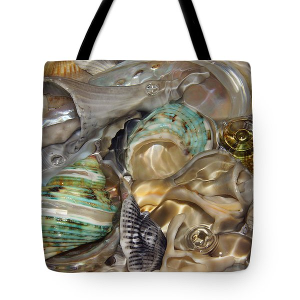 Shell Fluidity Tote Bag