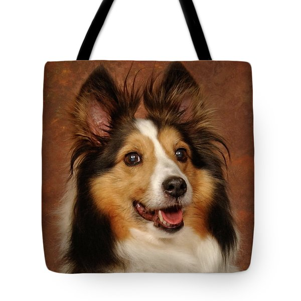 Tote Bag featuring the photograph Sheltie by Greg Mimbs