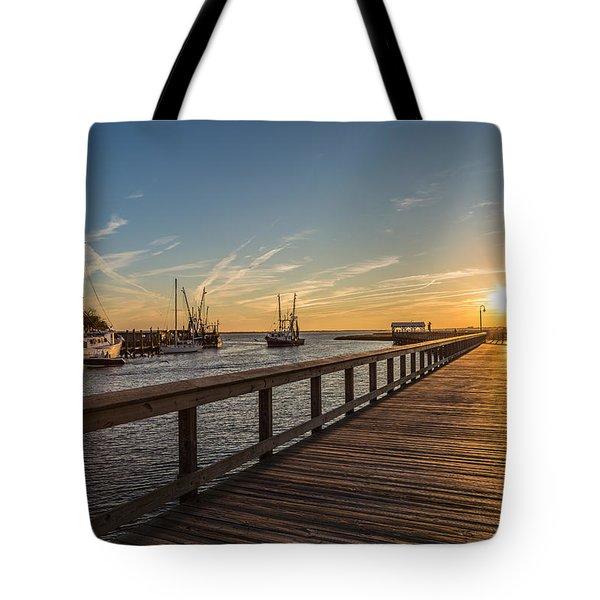 Shem Creek Pier Sunset - Mt. Pleasant Sc Tote Bag