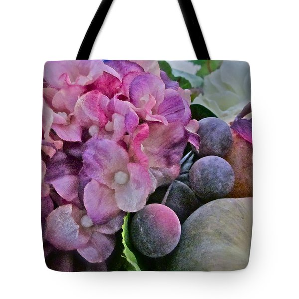 Sherry's Love Tote Bag by Gwyn Newcombe