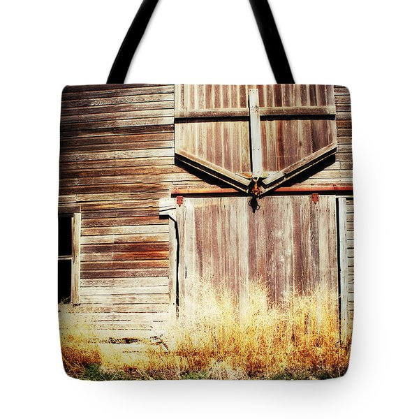 Tote Bag featuring the photograph Shine The Light On Me by Julie Hamilton