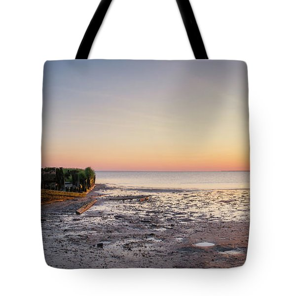 Shipwreck Panorama Sunset Tote Bag