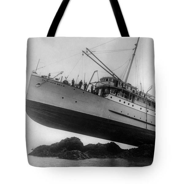 Shipwreck - Ss Princess May - August 5, 1910 Tote Bag